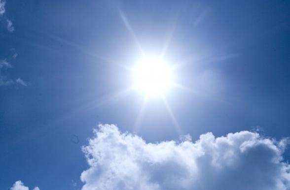 太陽夏自然
