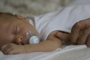 生後一か月赤ちゃん